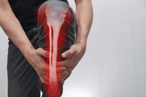 骨の痛み:原因、症状、治療