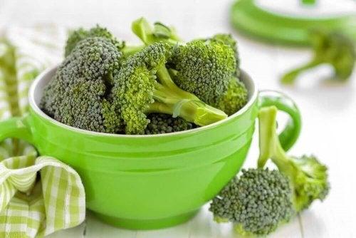 ブロッコリー 野菜チップスを作る方法