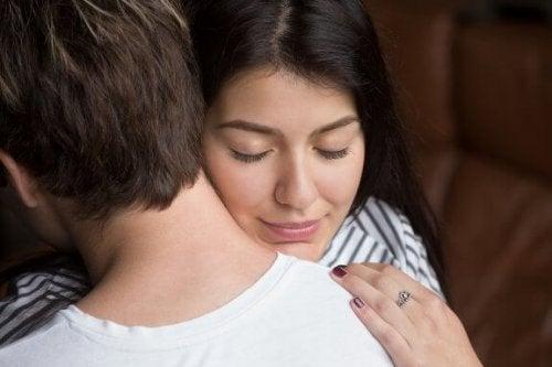 大切な恋人とつながる6つの方法