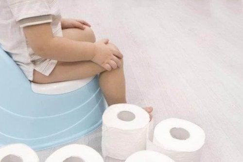 トイレトレーニングの開始時期と子供の反応
