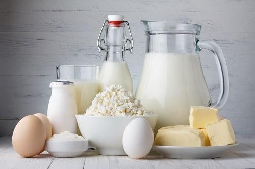 乳製品 赤ちゃんにあげてはいけない8つの食べ物
