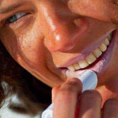 紫外線から唇を守る6つのヒント