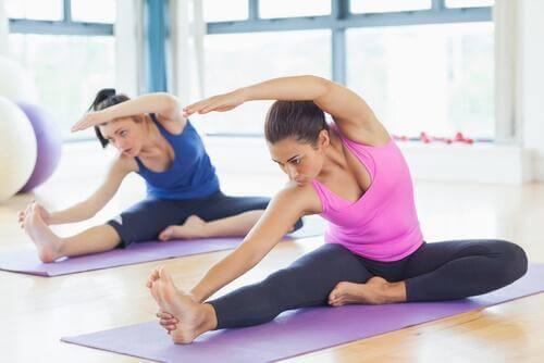 柔軟運動2 柔軟な足