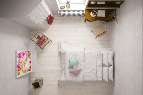 狭い部屋を広く見せる方法