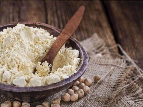 ひよこ豆の粉 全粒小麦粉で作るおいしいかぼちゃケーキ