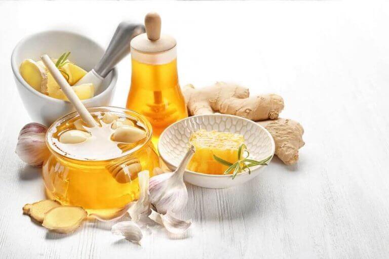 高コレステロール血症に効く!生姜、ニンニク、蜂蜜の治療薬