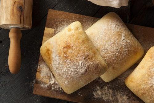 グルテンフリーパンの3つのレシピ