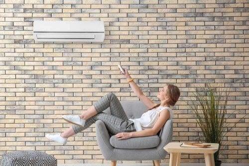 適切なエアコンの設定温度とは?