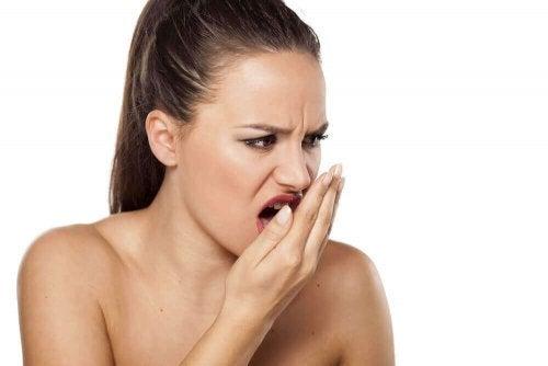 シナモンで口臭治療