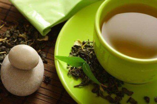 緑茶が減量に効果があるってホント?