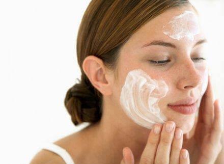 石鹸を使った洗顔