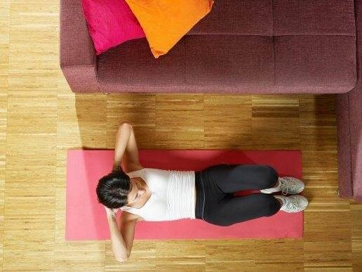 手軽に腹筋を鍛える5つの方法