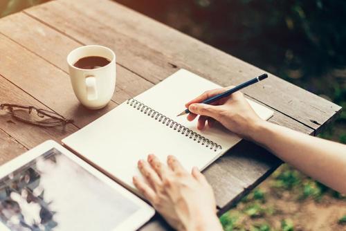 日記をつける 落ち込んだ気分を向上させる