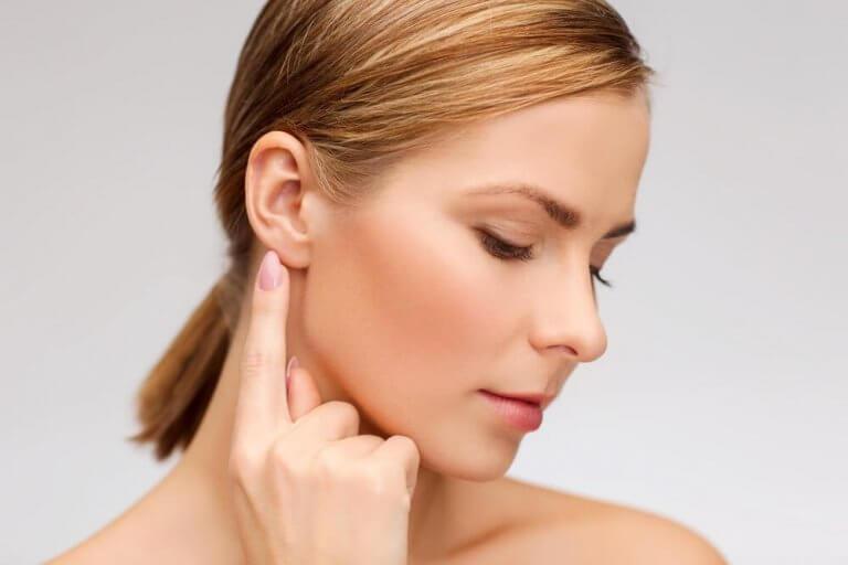 簡単にできる!耳鳴りに効果的な5つの自然療法