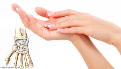 生姜とウコンで関節痛を緩和する方法