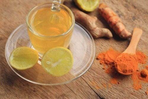 関節痛を緩和するお茶