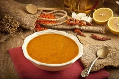 作ってみたい!レンズ豆の簡単クリーミースープ
