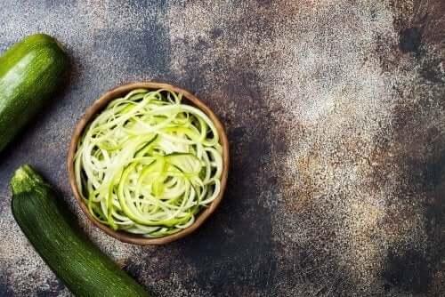 ズッキーニ 旬の野菜 レシピ