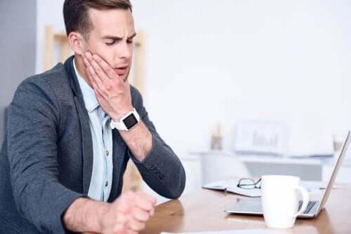 あごの痛みを和らげる5つの自然療法