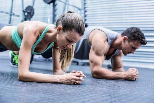 運動のしすぎで起こる筋肉痛