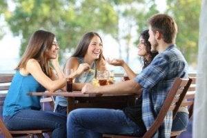 仲間との時間 ストレスの適切な対処法