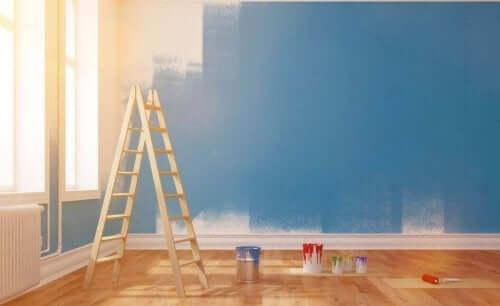 内壁の塗装