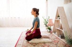 瞑想 ストレスの適切な対処法