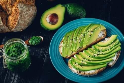 普段の食事に取り入れたいヘルシーな脂質が豊富な食品