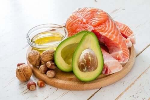 知っておきたい!関節の健康維持に役立つ食品とは?