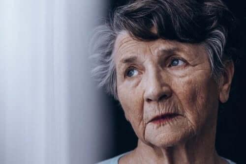 ご存知ですか?認知症とアルツハイマー病の違い