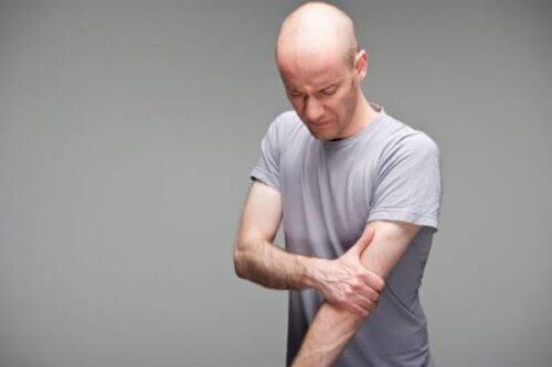 上腕二頭筋長頭腱炎