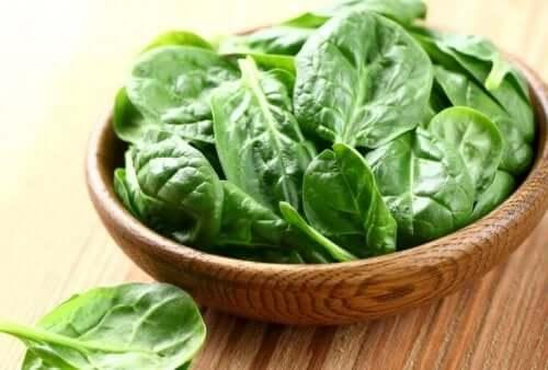 筋肉量を増やすのに役立つほうれん草 筋肉量 増加 野菜