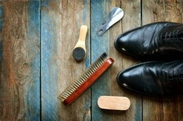 革靴をきれいにする方法:効果的な5つのアドバイス