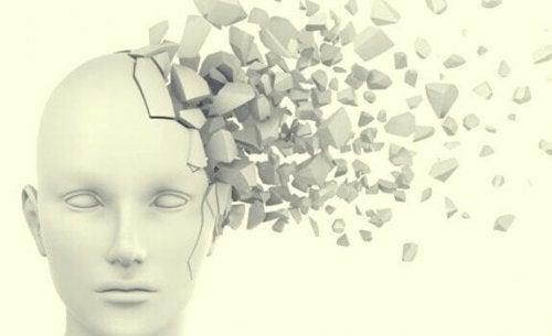 頭内爆発音症候群にかかったことはありますか
