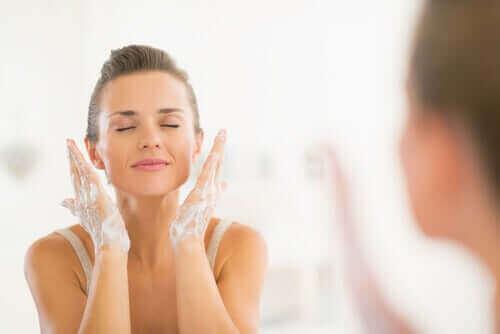 40歳からのスキンケアの一つ洗顔