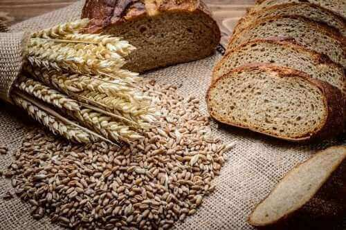 ライ麦とスペルト小麦で作る自家製パンのレシピ