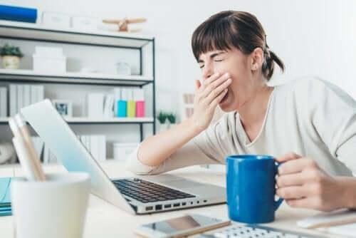 睡眠障害 騒音が引き起こす健康被害