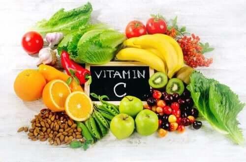鉄欠乏性貧血:ビタミンC