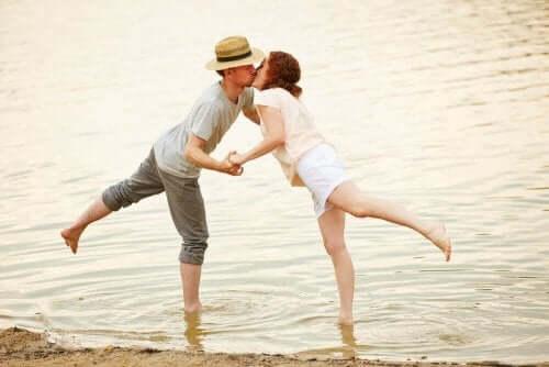 あなたが本当の恋に落ちている6つの兆候