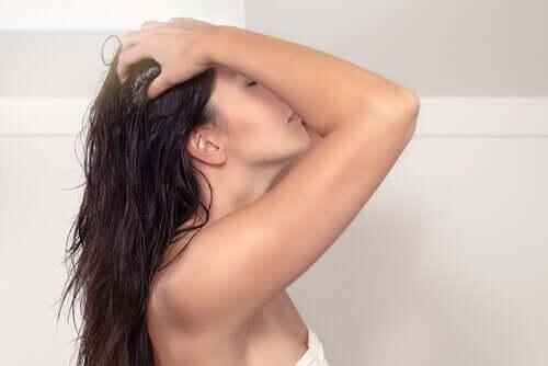 洗髪 美しく輝く髪