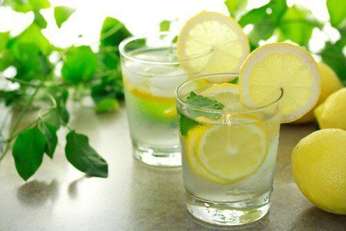 レモン インフルエンザの症状を緩和するお茶
