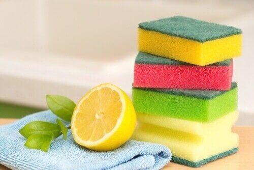 レモンで掃除