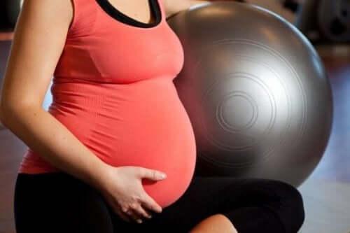 妊娠中でもできる4つのお勧めエクササイズ
