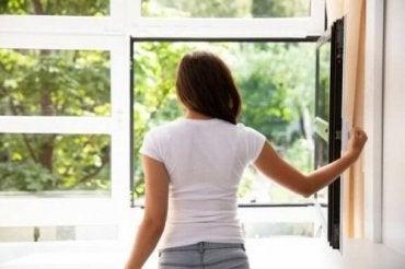 家の中の空気をきれいにする7つの方法