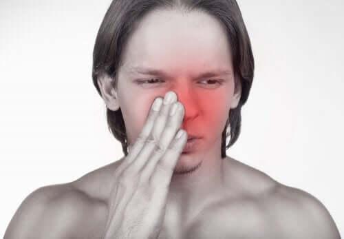 鼻づまり 経鼻投与