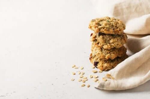 砂糖とバター不使用のオートミールクッキー