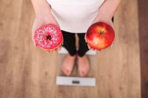 砂糖への欲求をコントロールするための5つのヒント 体重の増加