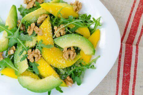 マンゴーとバジルのサラダ ミックスサラダのレシピ