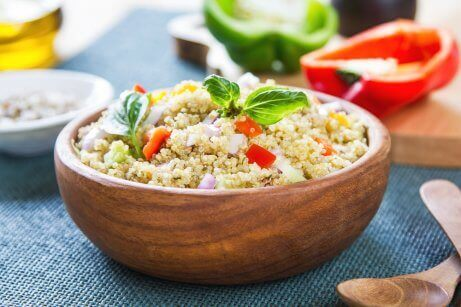 キヌアとひよこ豆 ミックスサラダのレシピ