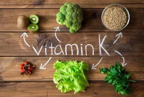ビタミンKが処方されるのはいつ? またその理由とは?